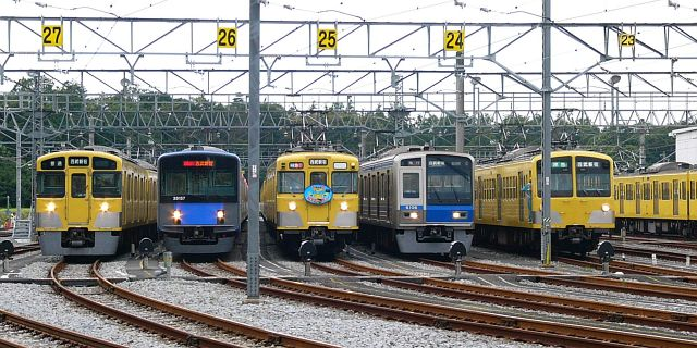 http://asuzuki.la.coocan.jp/train/seibu/topics/iriso-03.jpg